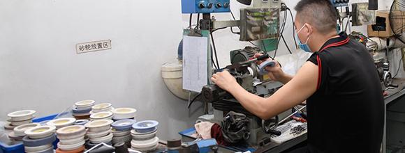 高精密塑胶模具配件的性能要求